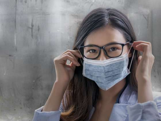 girl with mask and glasses